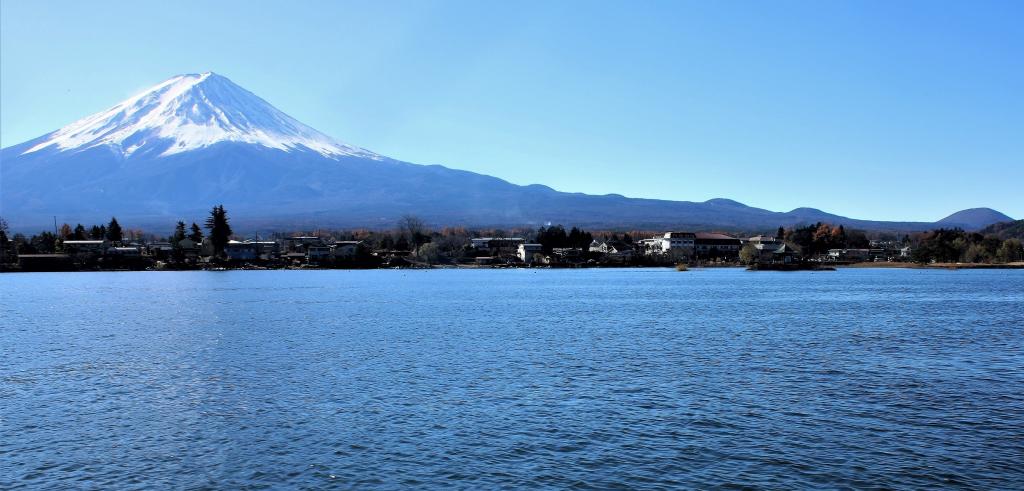 側火山(そっかざん)