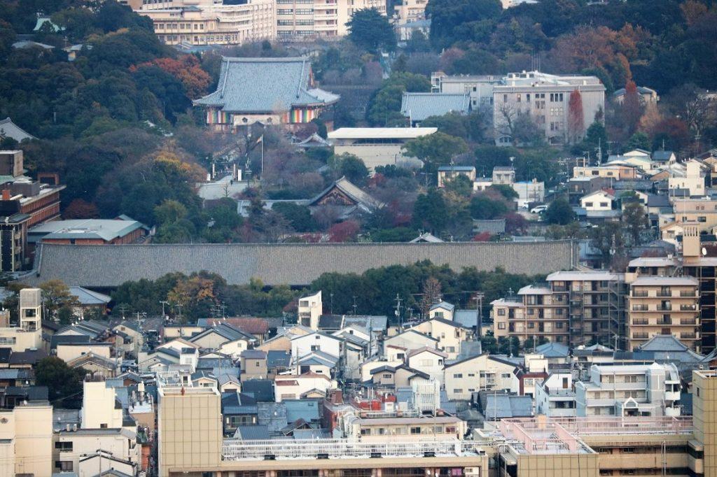 京都タワーから見た三十三間堂