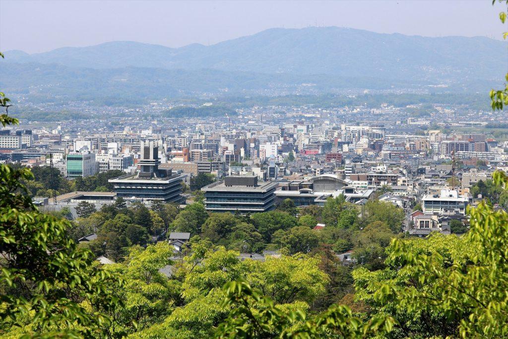良県庁から奈良市街、生駒山の景色